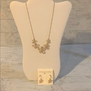 Olivia Welles necklace and earrings set.